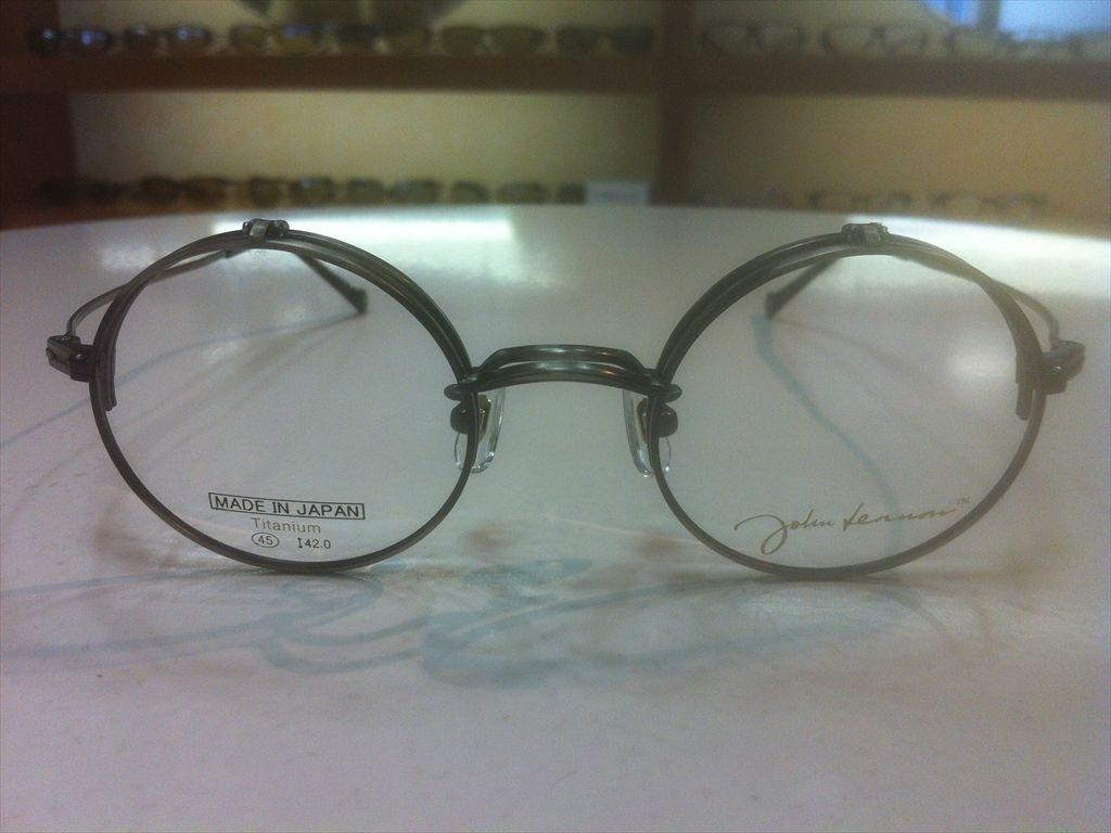 画像2: John Lennon(ジョンレノン) 跳ね上げ(ハネアゲ)式フレーム (単式) 丸型メガネフレーム 45サイズ 新品