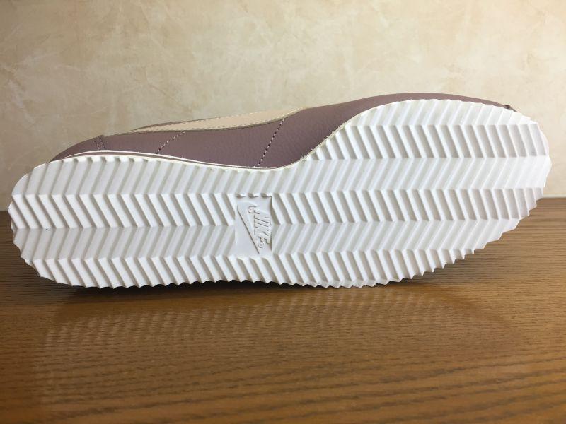 画像3: NIKE(ナイキ)  CLASSIC CORTEZ LEATHER(クラシックコルテッツレザー) スニーカー 靴 ウィメンズ 新品 (5)